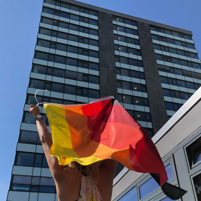 Deutschland Multicolor Flagge-Skyscraper